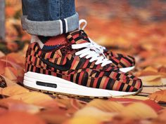 Roundel x London Underground x Nike Air Max 1 - 2013 (by raph_is_a_joke)
