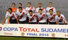 Los Leones De La Final... #RiverCampeon