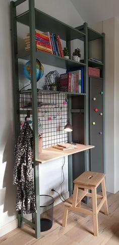 """Girls bedroom, desk inspired by """"IVAR"""" Ikea Hack Bedroom, Boys Bedroom Decor, Bedroom Desk, Girls Bedroom, Ikea Hack Kids, Ikea Hacks, Ikea Ivar Shelves, Desk Hacks, Boys Desk"""