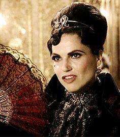 Evil Queen Regina Mills 6.02