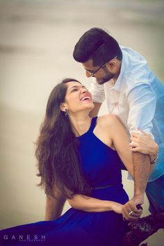 Ideas For Photography Wedding Poses Ideas - Page 2 of 31 - Wedding Dream Couple Photoshoot Poses, Pre Wedding Photoshoot, Couple Posing, Couple Shoot, Couple Dps, Wedding Shoot, Photoshoot Ideas, Wedding Ideas, Indian Wedding Couple Photography