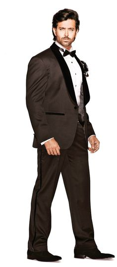Did You Know? Hrithik Roshan won 'Entertainer Of The Year' at the HELLO! Hall Of Fame Awards. Find out why in our January issue!