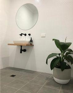 Meir Australia Tapware. Visit www.meir.com.au/ #MeirBlack #MeirAustralia #matteblack #bathroom #blacktapware