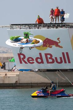 watch the red bull flugtag - check!
