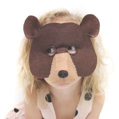DIY Animal Masks For Kids - Since the emergence of news about the coronavirus that was confirmed to exist in the world, people from all corners immediately Diy Party Mask, Diy Mask, Animal Masks For Kids, Mask For Kids, Book Day Costumes, Diy Costumes, Kids Bear Costume, Zoo Animal Party, Bear Mask
