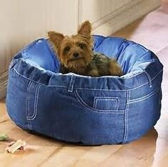 DIY - Recycled blue jeans dog bed - love-love-love :)
