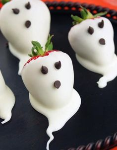 Healthy, spooky treats that your kids will love!