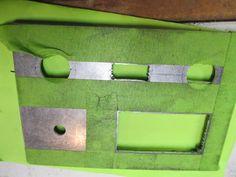 Knife maker shows you step-by-step. Tutorials on building a belt grinder, electric heat treating oven, DIY Micarta and much more. Knife Grinding Jig, Knife Grinder, Bench Grinder, Homemade Tools, Diy Tools, 2x72 Belt Grinder Plans, Diy Belt Sander, Knife Making Tools, Diy Belts