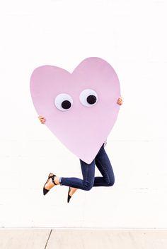Giant Googly Eye DIY Heart Telegram