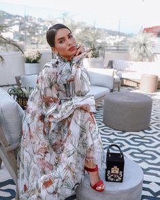 is sitting pretty in our flower harvest gossamer dress and embroidered mini velvet Alibi bag. Tune in to our stories tomorrow for Camilas takeover before our runway show. Paris Chic, Classy Outfits, Chic Outfits, Look Fashion, Womens Fashion, Fashion Trends, Moda Chic, Inspiration Mode, Mode Outfits