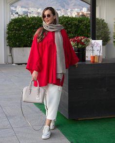 Iranian Women Fashion, Islamic Fashion, Muslim Fashion, Classy Outfits, Trendy Outfits, Trendy Fashion, Fashion Outfits, Pakistani Kids Dresses, Bread Cones