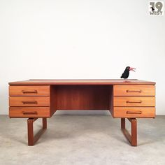 New at 19 West Furniture: a danish teak desk made by Bramin. Buy it here: http://ift.tt/2qWl1OI #19west #vintage #design #designclassic #mcm #20thcentury #midcentury #1950's #1960's #teak #desk #bramin #danishdesign