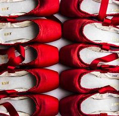 Who wouldn't dream of having red Bloch pointe shoes, we love this image. with Pointe shoe LOVE! ❤️ Picture-perfect red pointe shoes line up in preparation for Twyla Tharp's In the Upper Room, part of our contemporary bill Bloch Dancewear, Lizzie Hearts, Australian Ballet, Outfits Damen, Photocollage, Ballet Photography, Foto Art, Pointe Shoes, Red Aesthetic