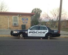 The Most Dangerous City on Earth. Even Police Cars Get Wheels Robbed ---- jokes funny pictures walmart fail humor Cops Humor, Police Humor, Ghetto Humor, You Funny, Funny Jokes, Funny Stuff, Funny Shit, Funny Things, Freaking Hilarious