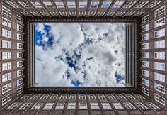 Great view - Chile house in Hamburg. Free Pictures, Free Images, Free Photos, Chile, Black And White Landscape, Landscape Photography Tips, Matrix, Great View, Law Of Attraction
