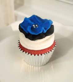 cupcake, cupcake, cupcake. I would kill for a abnormally fancy cupcake right now.