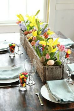 A window box of flowers as a table centrepiece - proof you don't have to keep your windowboxes outdoors!