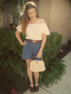 outfit- 100% thrifted!!! Here is my new macrame purse I bought yesterday! I think I'm going to have to keep it for now :D Macramé i...