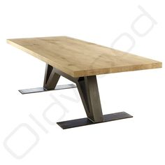 Tafel Robuuste tafels - The Flying Dutchman Industrial Design Furniture, Industrial Table, Furniture Design, Patio Table, Dining Table, Steel Table Legs, Flying Dutchman, Table And Chair Sets, Club Chairs
