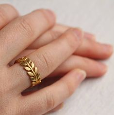 Leaf Tree Ring by Silk Purse, Sow's Ear, the perfect gift for Explore more unique gifts in our curated marketplace. Gold Ring Designs, Gold Bangles Design, Twig Ring, Leaf Ring, Engraved Locket, Art Deco Earrings, Small Earrings, Unusual Rings, Tree Rings
