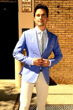 The first time Matt Bomer made it on the list! *snifle*     In a non fan-girl moment, LOVE the mismatched color of the blazer and the pants, gorgeous blue.
