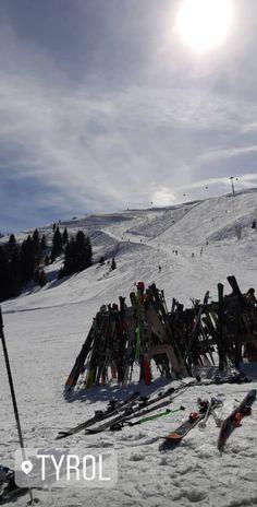 Chalet Girl, Paradise Places, Ski And Snowboard, Snowboarding, Ski Season, Ski Holidays, Winter Travel, Winter Wonderland, Vacation