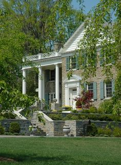 House exterior and interior design home tour for inspiration. A look at a Traditional timeless house inside & outside. Old style brick or stone exterior Facade Design, Exterior Design, House Design, Stone Exterior, Balustrade Design, Deck Design, Traditional Exterior, Traditional House, Traditional Design
