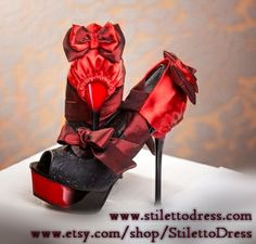 Wild Romance --  If you like what you see, check out our webshops for more!   www.stilettodress.com --  www.etsy.com/shop/StilettoDress