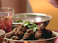 I bake these instead of pan frying. I use panko or whatever I have instead of semolina. Aromatic Lamb Meatballs recipe from Nigella Lawson via Food Network Lamb Recipes, Meatball Recipes, Cooking Recipes, Healthy Recipes, Soup Recipes, Chicken Recipes, Nigella Lawson, Simply Nigella, Great Recipes
