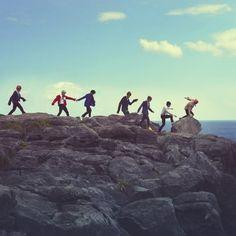 """방탄소년단 on Twitter: """"안녕하세요 슈간데요 특종입니다 특종!! 저희 공식카페 회원수가 20000명을 돌파했슙니다 짝짝짝! 이소식을 전해드리고 싶었습니다 그럼 20000"""""""