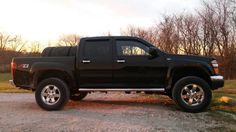2010 Chevy Colorado with a suspension lift. Canyon Colorado, Gmc Canyon, Gm Trucks, Chevy Trucks, Chevrolet Colorado 2005, Pick Up 4x4, Jeep 4x4, Chevrolet Silverado, Jeeps