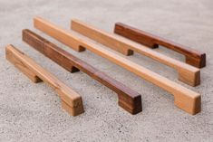 Australian hardware manufacturer Tirar has unveiled what it is calling the first line of solid wood door pulls and levers for the architecture and design market. Created by interior designer Felice Carlino, the collection comes in a range of five standard FSC-certified species: Australian spotted gum, Tasmanian blackwood, Tasmanian blackheart sassafras, European oak, and American walnut.