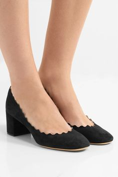 Chloé - Scalloped Suede Pumps - Black - IT34.5