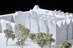 Miniatury najlepszych polskich budynków powstałych po 1989 roku będzie można oglądać od czwartku w Muzeum Sztuki Nowoczesnej.  http://tvnwarszawa.tvn24.pl/informacje,news,wielka-architektura-w-miniaturze-pokaza-25-najlepszych-budynkow,144437.html