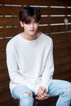 ur eyes stare n thinking of. Ahn Min Hyuk, Jong Hyuk, Lee Jong Suk, Park Hyung Sik, Korean Star, Korean Men, Asian Men, Asian Celebrities, Asian Actors