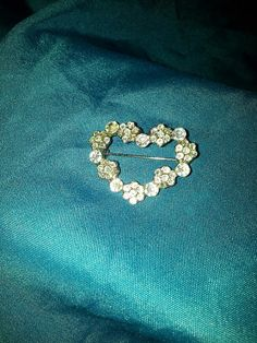 heart shaped brooch by SarahJVintage on Etsy, £4.50