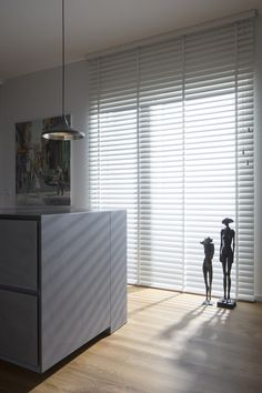 3 Fascinating Ideas: Roll Up Blinds House patio blinds pergolas.Fabric Blinds Ideas blinds for windows color. Woven Blinds, Faux Wood Blinds, Bamboo Blinds, Fabric Blinds, Blinds And Curtains Living Room, Bedroom Blinds, House Blinds, Vertical Window Blinds, Shutter Blinds