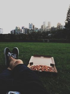 That pizza + the view = teenage heaven