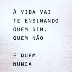 #MulheresPlenasClub #sejagratidao #conquistas #seguiremfrente #folow4folow #osegredo #osegredooficial #unidossomosum #gratidão… Sarcastic Quotes, Me Quotes, Feelings Words, Beauty Quotes, Inspire Me, Quotations, Texts, Reflection, Inspirational Quotes