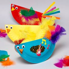 animal crafts for kids Easy and fun to make, these chicks not only look great but rock back and forth when moved. Paper Plate Art, Paper Plate Animals, Paper Plate Crafts For Kids, Animal Crafts For Kids, Craft Activities For Kids, Paper Plates, Art For Kids, Craft Ideas, Kid Art