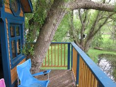 Rear deck looking west by peacemakertreehouses, via Flickr