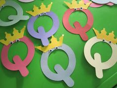 Letter Q Crafts - Preschool and Kindergarten Preschool Letter Crafts, Nursery Rhymes Preschool, Alphabet Letter Crafts, Abc Crafts, Daycare Crafts, Preschool Literacy, Alphabet Activities, Toddler Crafts, Preschool Activities
