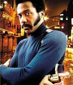 Yep before there was Idris. Richard Roundtree oh and Billy Dee Williams of course. In school we would have their posters in our lockers! Detective, Soul Train Dancers, Richard Roundtree, Billy Dee Williams, Male Icon, What Makes A Man, Cult Movies, Tough Guy, Black Turtleneck