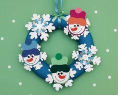 Simit Kapı Süsü (Kardan Adam) - Projedenizi Christmas Crafts For Kids, Christmas And New Year, Winter Christmas, Holiday Crafts, Christmas Decorations, Christmas Ornaments, Holiday Decor, New Year's Crafts, Diy And Crafts