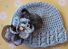 http://www.webchiem.com/2011/09/fashion-hats-for-kids-crochet-patterns.html