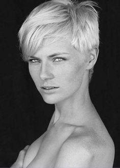 trendy-blonde.jpg 450×630 pixels