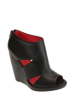 ce28a5c8f12 Matiko Sloan Wedge. So cute!