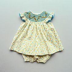 Smocked baby dress - Coquito