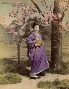 Kusakabe Kimbei Atelier, Girl posing, ca. 1890.