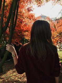 Casio and burgundy swatshirt #fall